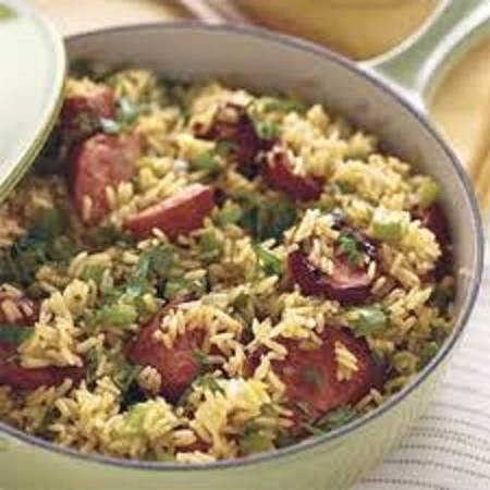 Sausage and rice salsicha e arroz for Simple and easy dinner recipes for two