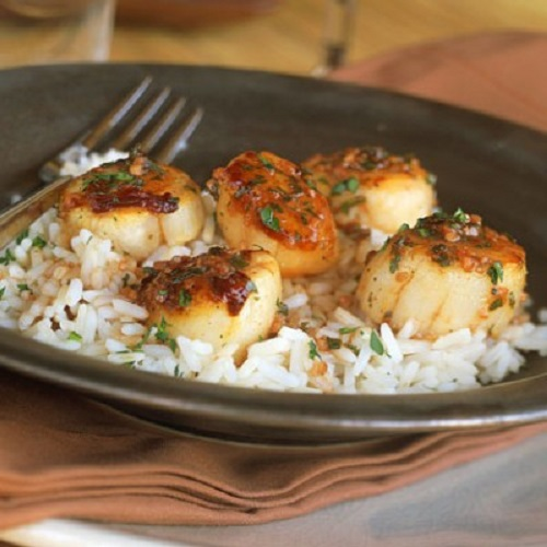 Quick easy portuguese scallops vieiras for Authentic portuguese cuisine