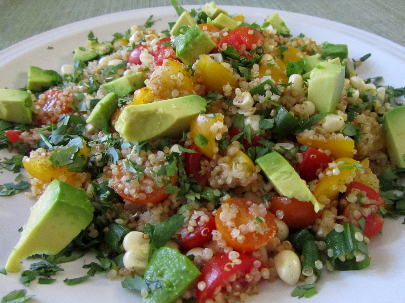 Chourico and Quinoa Salad (Salada de Quinoa com Chourico) - Easy ...