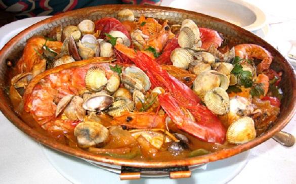 Cataplana de marisco for Authentic portuguese cuisine