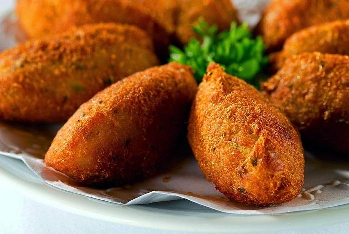 Pastéis de Bacalhau (Salted Cod Fritters) -