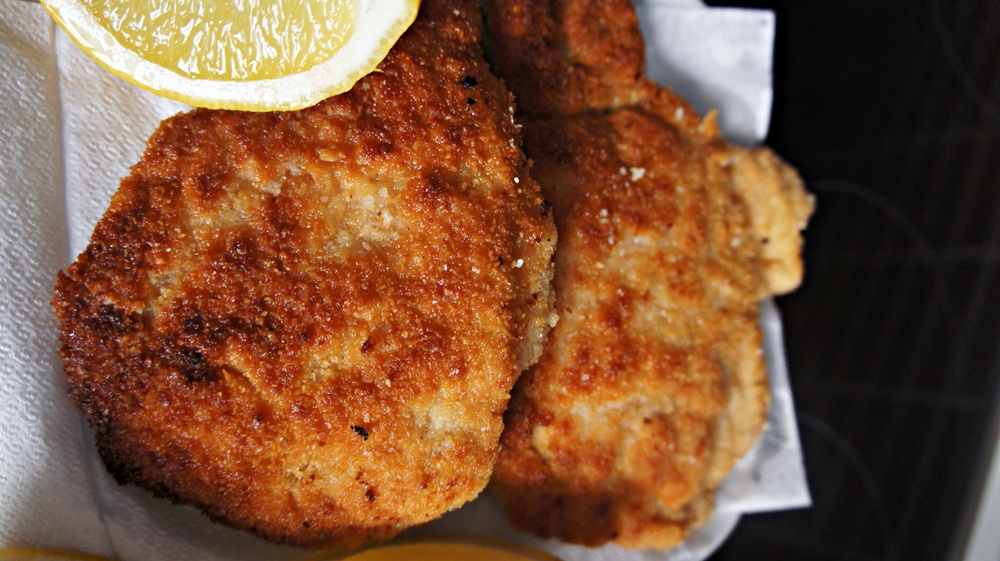 Breaded Fried Pork Bife De Porco A Milanesa